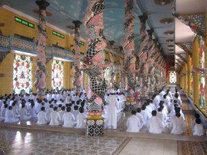 J-Cao Dai Tempel (19)